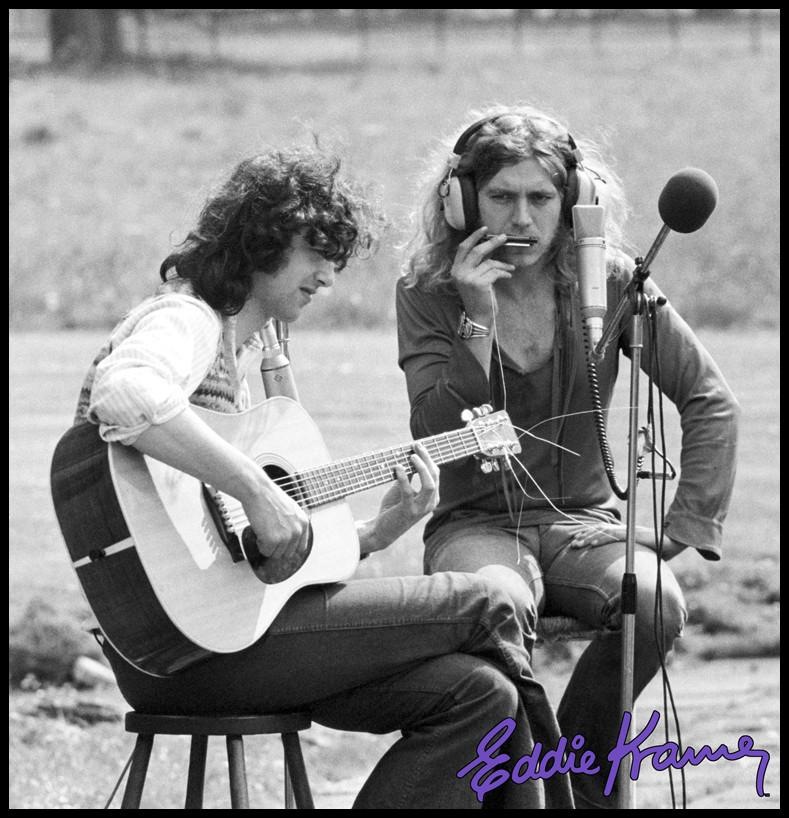 Jimmy Page et Robert Plant outside
